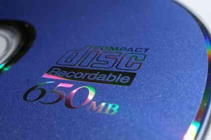 Cómo Hacer una Canción de la Lista de pistas para una Portada de CD