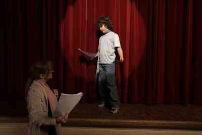 Tutorial sobre Cómo Mejorar Su Voz para los Actores