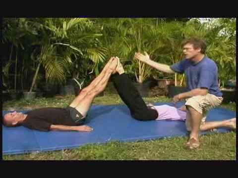 Cómo Hacer una Figura de Acrobat Mover