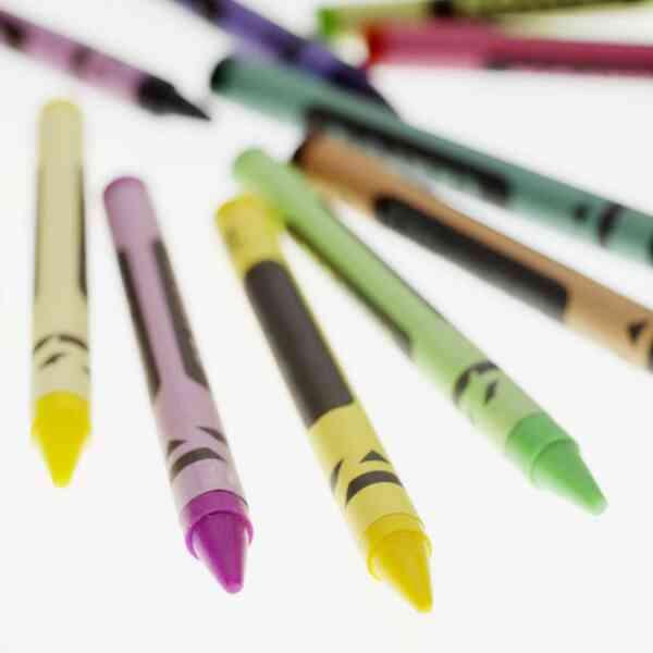 Cómo Derretir los Lápices de colores en el Microondas