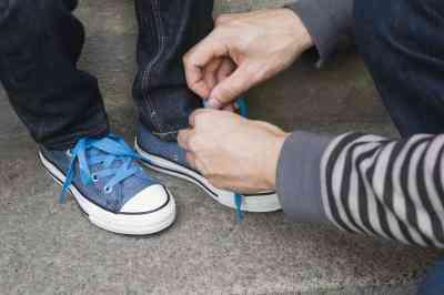 Cómo Trenza Cordones de los Zapatos