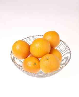 Cómo Hacer una Naranja Tachonada Con Clavos de olor