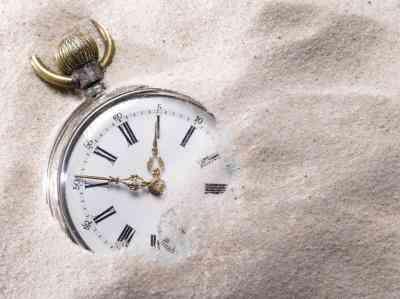 Collares Hechos Con Antiguas Relojes