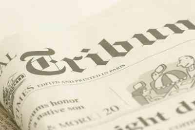 Cómo Hacer Falsos Titulares de los Periódicos