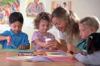 Lo Manualidades para Utilizar Al Enseñar una Lección sobre el Bautismo