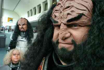 Cómo Hacer una Máscara Klingon