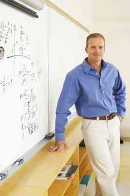 ¿Por qué los Profesores Deben Ser Altamente Educados para Enseñar la Escuela secundaria