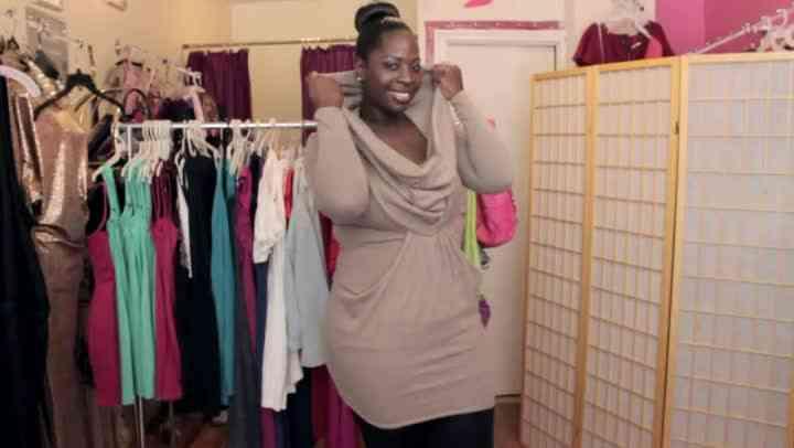 ¿Qué Tipos de Vestidos de Suéter Debe Usted usar Con un Gran Estómago?