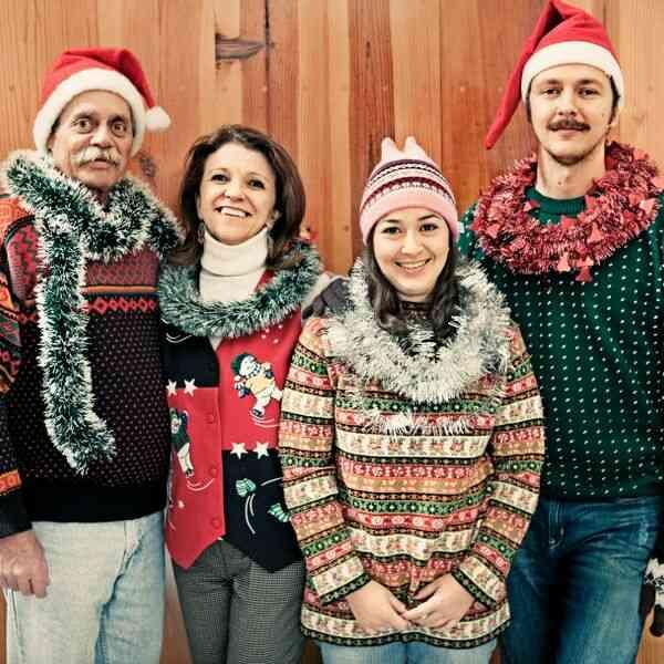 10 Holiday Suéteres Que Nunca Deben Usar