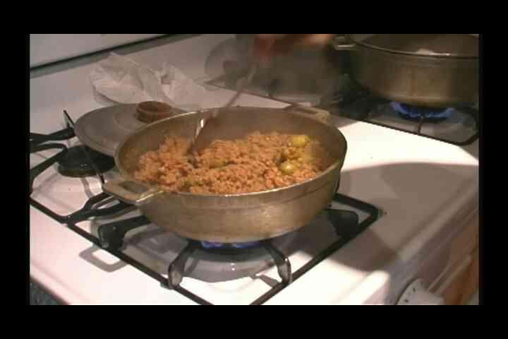 Cómo Cocinar & Servir Picadillo Con Arroz