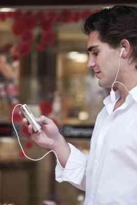 Cómo Aumentar la Capacidad de Almacenamiento en los iPods