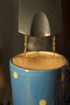 Cómo Solucionar problemas de una Via Venezia Máquina de café Espresso
