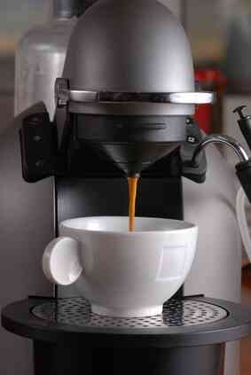 Cómo Utilizar un Briel Máquina de café Espresso