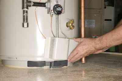 Cómo encender la Luz Piloto en un A. O. Smith Calentador de Agua