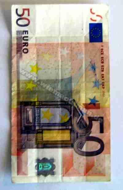 Camisa de las arrugas de dinero