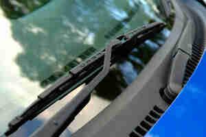 El parabrisas del coche sustitución de la escobilla: los brazos, las cuchillas y de la hoja de recargas