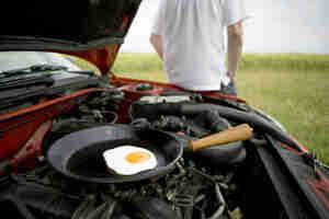 Cocinar los alimentos en el motor de su vehículo