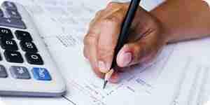 Escribir una declaración financiera análisis