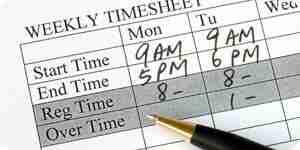 Calcular las horas de trabajo y horas extras