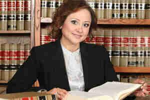 De decidirse a abrir un solitario práctica de la ley: de la carrera en derecho