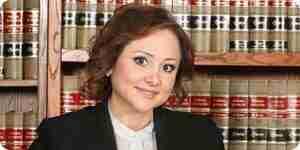 Escribe una ganancia de la escuela de derecho de ensayo