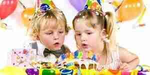 Plan de un niño de la fiesta de cumpleaños