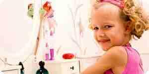 La pintura de un niño de dresser—consejos y técnicas para que los niños los aparadores