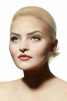 Elegir el maquillaje adecuado para ojos azules