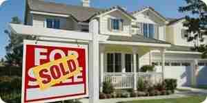 Comprar una casa embargada: libre listados de ejecución hipotecaria subastas,