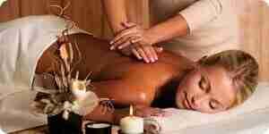 Dar un masaje de espalda