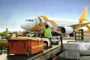 cómo empacar para viajar en un avión