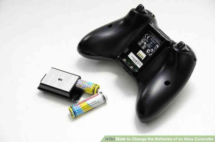 Imagen titulada Cambiar las Baterías de un Controlador de Xbox Paso 3