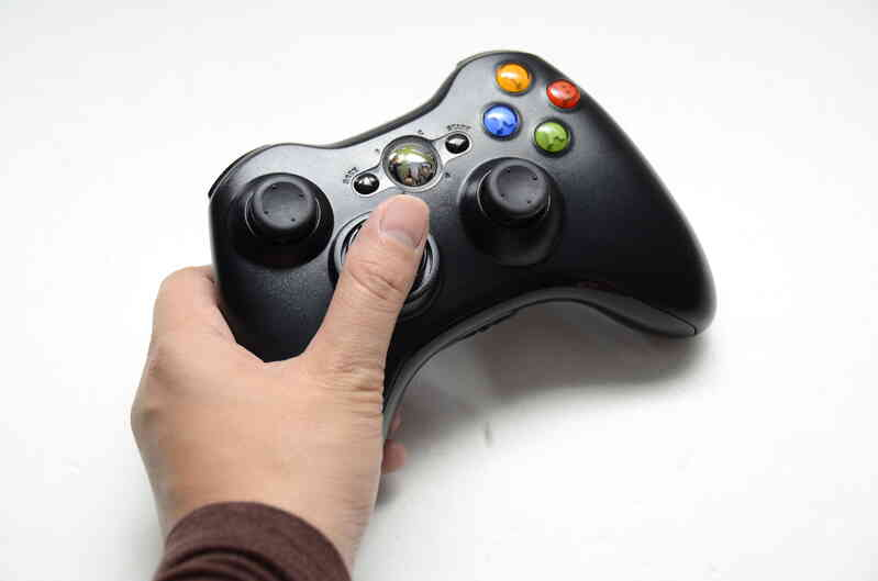 Cómo Cambiar las Baterías de un control de Xbox