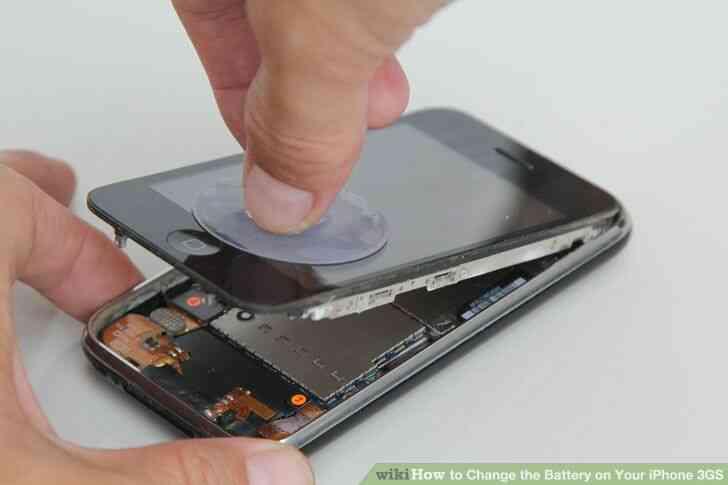 Imagen titulada Cambiar la Batería de Su iPhone 3GS Paso 2