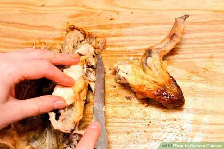 Imagen titulada Trinchar un Pollo a Paso 12