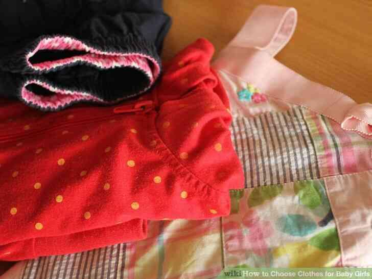 Imagen titulada Elegir la Ropa de Bebé para Niñas Paso 6
